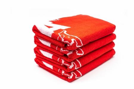 Montana Beach Towel typo+logo - ručník červený