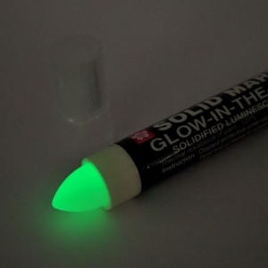 Sakura Solid Marker - Glow In The Dark
